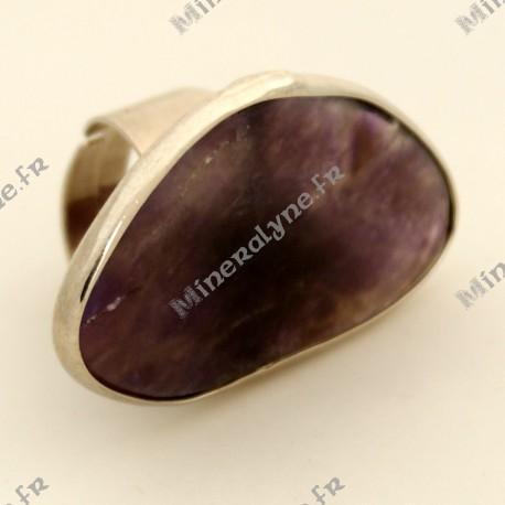Bague ajustable asymétrique en pierre d'Agate violette