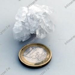 Cristal de roche en groupe de cristaux du Brésil