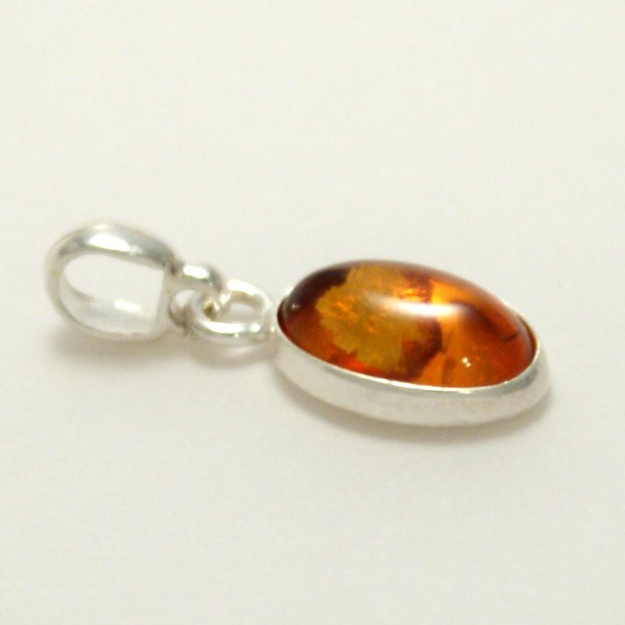 9fd70e71725 Pendentif Ambre ovale Argent 925 - Mineralyne